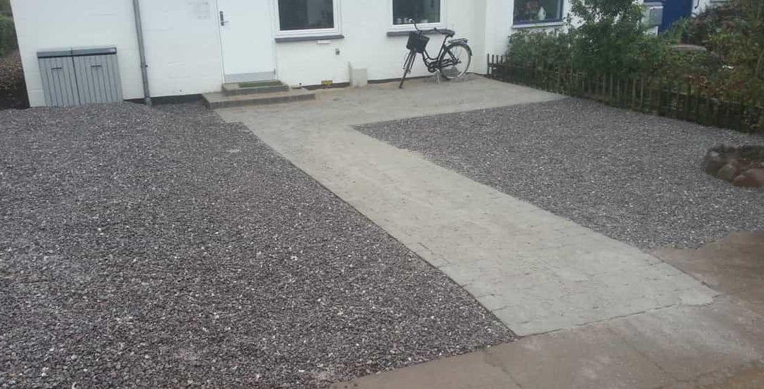 Rækkehushave i Kolding – Anlægsgartner til have i rækkehus med fin anlægsteknik