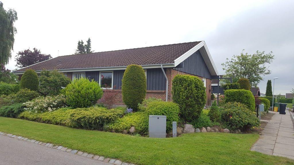 Haveservice på Bredager i Bredballe i Vejle