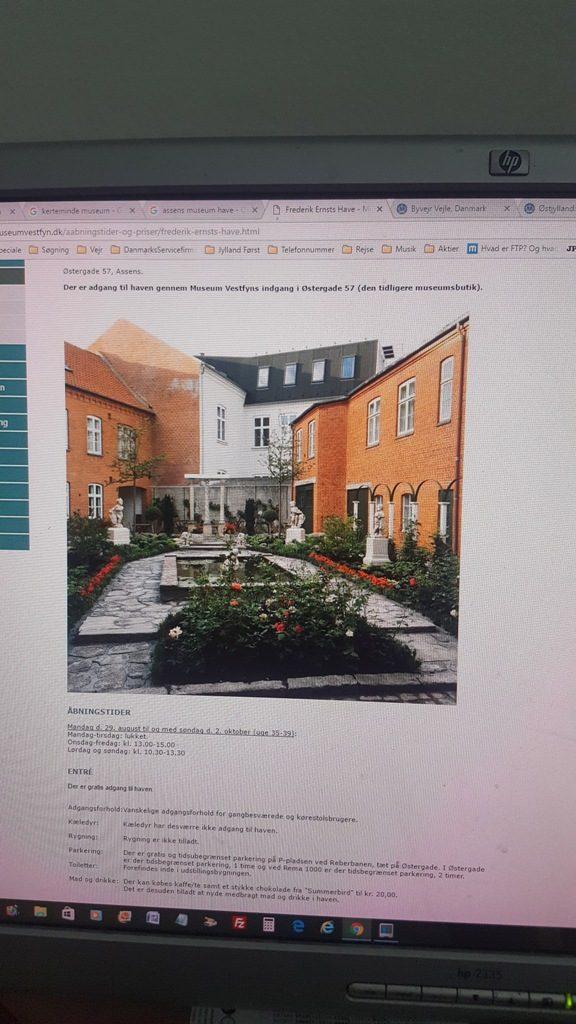anlægsgartner-haveservice-Moderne dansk have med eksklusivt kantstensdesign i Brejning ved Børkop brejning-boerkop-beplantning-havedesign-antik-1-20160921_110049