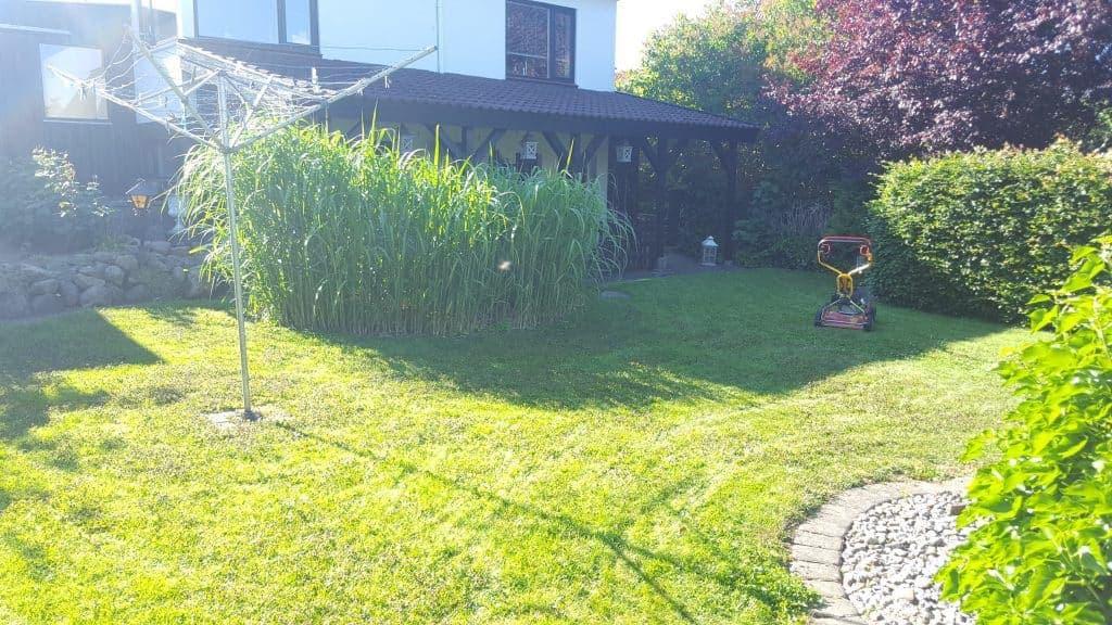Græsslåning for private på Bøgevangsgade i Horsens
