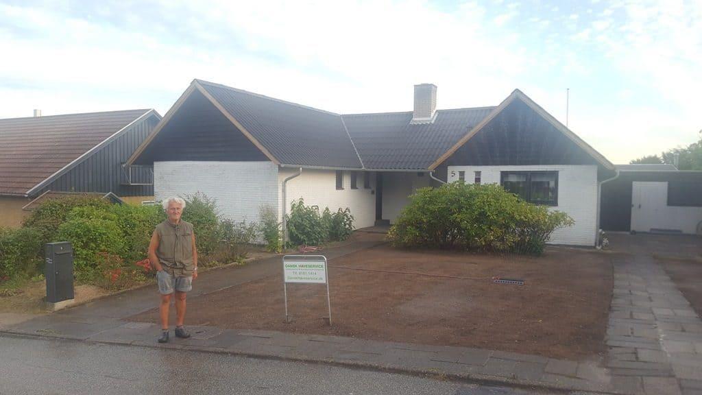 Anlægsgartner-Græsplæne i Vejle nyanlaegning-graesplaene-solbakken-uhrhoej-vejle-20160831_192635