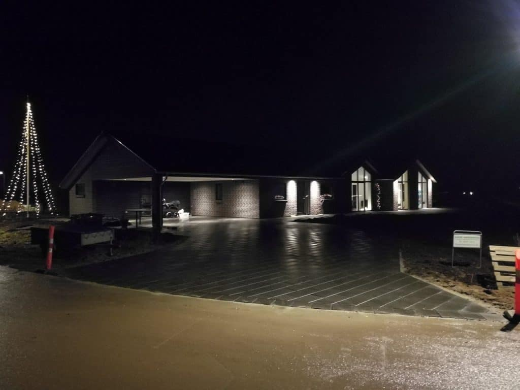 anlaegsgartner-indkoersel-have-fliser-preben-joergensen-huse-villa-paa-noerremark-horsens
